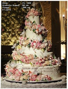Extravagant Wedding Cakes, Luxury Wedding Cake, Purple Wedding Cakes, Elegant Wedding Cakes, Elegant Cakes, Beautiful Wedding Cakes, Wedding Cake Designs, Wedding Cake Toppers, Beautiful Cakes