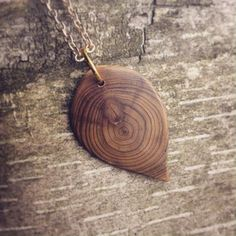 Raw wood necklace, cedar leaf necklace, handmade wooden jewelry, wooden necklace, natural accessories, carved wood jewelry, pendant necklace
