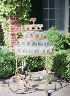 The French Bedroom Company Blog 10 French Wedding Traditions. if you're getting married in France or are a wedding guest these are some elements you can expect. France is a popular wedding destination with beautiful wedding venue, lovely weather, romant