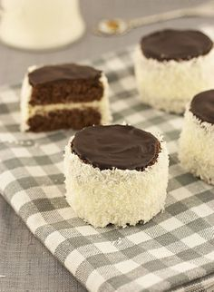 Russian hats - delicious buttercream mini cakes with coconut.  http://www.food-recipes.me/russian-hats/