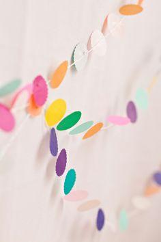 colorful confetti streamers // decor