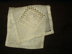 Store your vintage handkerchiefs or lingerie in this lovely hand embroidery Hardanger case. Dating from the 1920s or 1930s, the case measures