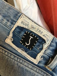 The Butcher of Blue is a denim brand founded by Bob Rijnders. Bob Rijnders is also the driving force behind the Butcher. Garra, Denim Branding, Fashion Branding, Leather Label, Mens Gear, Clothing Tags, Long Johns, Denim Jeans Men, Tag Design