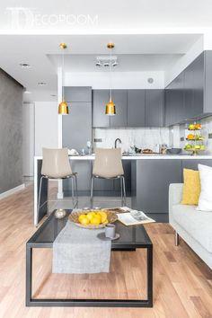 16 Small Studio Apartment Layout Design Ideas - X - Aneks - Studio Apartment Design, Small Apartment Design, Studio Apartment Decorating, Small Room Design, Small Studio Apartments, Small Apartment Kitchen, Living Room Kitchen, Condo Interior, Cuisines Design