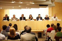 """Podemos Pablo Iglesias: Escriben un """"pequeño"""" libro sobre el partido"""