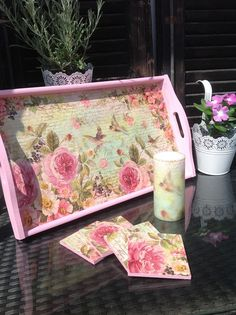 Shabby chic set. Decoupage wooden tray, coasters, candle
