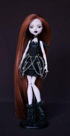 ♥INEKO♥OOAK custom repaint Monster High doll Draculaura Mattel by RaquelClemente