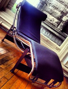 Closer Look: Le Corbusier's LC4 Chaise Lounge Chair