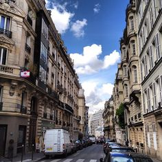 Nice photo of a Paris street from @ednacz