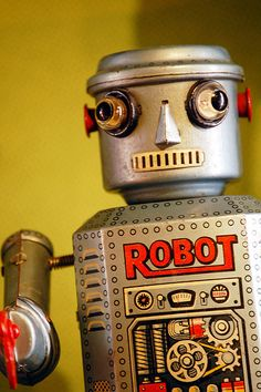 Epcot Tin Toy Robot