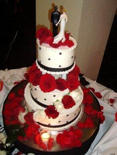 red and black themed wedding cakes themed wedding cakes themed weddings 19065