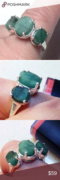 NEW! Sakota Emeralds (Roughs) Trilogy .92( Ring. 7 🔥✨ TOP QUALITY SAKOTA EMERALD MiNE NATURAL GEMSTONES-🎉🔥 SIZE 7 - 3.4 tcw GENUINE UNFACETED- SAKOTA EMERALD TRILOGY RING PLATINUM/ .925 STERLING SILVER ( nickel free) BOUGHT from a USA Based Jewelry Store. The center stone is a 10x8 button and the two side stones are matching set of 8x6 mm buttons. So sweet, generous carat weight of natures EMERALDS    🌷🌷 This pieces COMES WITH A FREE MYSTERY THANKYOU GiFT! 🎉🎉🎉🎉🎀🎀🌺.#genuine…