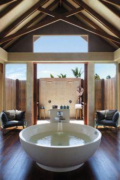 Shangri La's Villingili Resort & Spa, Maldives. Bathroom Interior Design, Interior Exterior, Shangri La Hotel, Modern Rustic Homes, Bathroom Goals, Dream Bathrooms, Luxury Bathrooms, Hotels And Resorts, Architecture Design