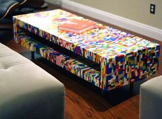 21 Insanely Cool DIY LEGO Furniture and Home Decor Creations: #6 Coffee table