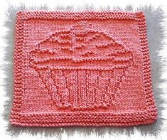 Ravelry: Cupcake pattern by Lisa Vienneau Knitted Dishcloth Patterns Free, Knitted Washcloths, Knit Dishcloth, Knitting Patterns Free, Knit Patterns, Knitting Blocking, Knitting Squares, Knitting Stitches, Knitting Designs