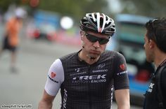 2014 tour-down-under photos stage-03 - Jens Voigt contemplates unsuccessful