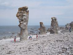 Langhammars raukar. Fårö, Gotland.