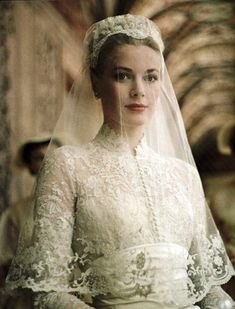 I am here with yet another exciting post of grace kelly wedding dress! Rich, trendy, stylish and stunning ankle grace kelly wedding dress Look iconic Royal Wedding Gowns, Celebrity Wedding Dresses, Royal Weddings, Celebrity Weddings, Dress Wedding, Wedding Veil, Celebrity News, Bridal Gowns, Famous Wedding Dresses
