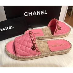 a5a82804fbe4 Chanel Pink New 18p Quilted Gold Chain Espadrilles Cc Mules Sandals Size EU  37 (Approx