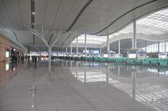 Neuer CRH-Bahnhof Changsha South Station, China