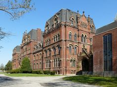 St Paul's School is part of the A. T. Stewart Era Buildings historic district which is on the National Register.  The building is of High Victorian Gothic design. It was originally an all-boys college preparatory and science boarding school.  Garden City NY