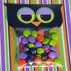 Cute Food For Kids?: 27 DIY Creative Treat Bag/ Party Favor Ideas For Halloween