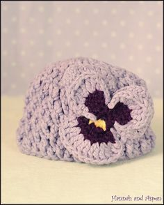 Pansy crochet hat