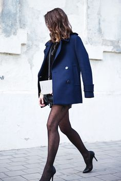 Mango_Outfit-Blue_Coat-LEather_Skirt-Plumetti_Tights-Outfit-Street_Style-1