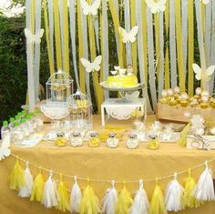 Yellow butterfly first communion party! See more party planning ideas at CatchMy… Yellow butterfly first communion party! See more party. Butterfly Birthday Party, Yellow Birthday, Butterfly Baby Shower, 1st Birthday Girls, First Communion Favors, First Holy Communion, Decoration Communion, Birthday Party Decorations, Birthday Parties
