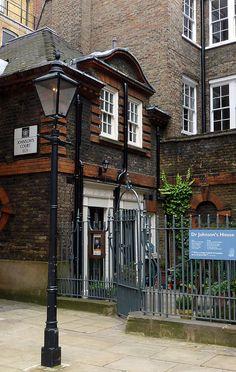 Johnson's House, courtyard, Gough Square, EC4 London