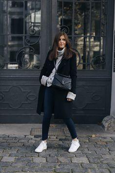 Details: Mantel Selected Femme // Pullover Edited the Label // Schuhe Adidas // Tasche Saint Laurent // Jeans Zara Das neue Jahr hat sehr holprig für uns begonnen. Manchmal passieren Dinge, die dein Leben von heute auf morgen verändern. Und plötzlich werden die Dinge, die man für wahnsinnig wichtig hielt, nichtig und klein… In den nächsten Wochen wir es hier auf dem Blog nicht so regelmäßig wie gewohnt Content geben. Ich hoffe auf eurer Verständnis und freue mich schon sehr darauf, wenn es…