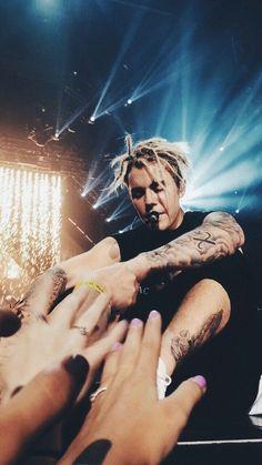 Justin Bieber performing on Purpose World Tour . Fotos Do Justin Bieber, Justin Bieber Posters, Justin Bieber Pictures, I Love Justin Bieber, Justin Bieber Concerts, Justin Bieber Dreads, Justin Bieber Wallpaper, Justin Bieber Lockscreen, Justin Baby