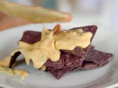 """Queso Blanco (Graduation Party: Alex and Meg, - """"The Pioneer Woman"""", Ree Drummond on the Food Network. The Pioneer Woman, Pioneer Women, Appetizer Dips, Appetizer Recipes, Dip Recipes, Cheesy Recipes, Tofu Recipes, Yummy Appetizers, Yummy Recipes"""