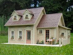 Pat's miniatures - Stone Cottage