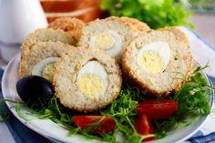 Jaja przepiórcze z mięsem Foie Gras, Hummus, Camembert Cheese, Eggs, Breakfast, Ethnic Recipes, Food, Filet Mignon, Breakfast Cafe
