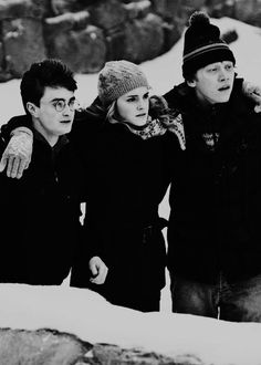 Harry Potter, Ron Weasley et Hermione Granger Images Harry Potter, Harry Potter Films, Harry Potter Love, Harry Potter Universal, Harry Potter World, Harry Potter Friends, Voldemort, Emma Watson Rupert Grint, Daniel Radcliffe Emma Watson