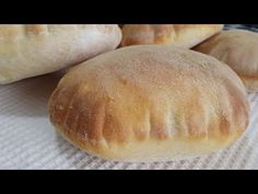 How To Make Pita Bread Recipe - Baloon Bread - Simple and Easy Easy Youtube, Pitaya, Biscotti, Bread Recipes, Muffins, Food And Drink, Catania, Oven, Loaf Bread Recipe