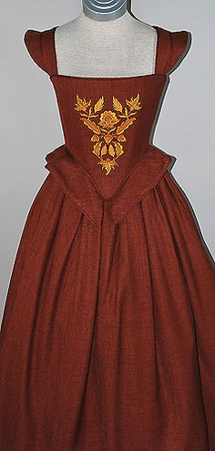 Autumn Renaissance Dress..16th Century Renaissance bodice and skirt, made of linen blend and embroidered with Jacobean autumn foliage.