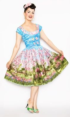 I think this dress is so amazing! I am loving the landscape print in Bernie's clothing at the moment :D