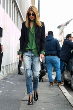 fashion 2015 See the best street style looks at Milan Fashion Week A/W 2015 courtesy of FashionWirePress. Milan Fashion Week Street Style, Look Street Style, Milano Fashion Week, Cool Street Fashion, Street Style Looks, Looks Style, Street Chic, Paris Street, Casual Jeans