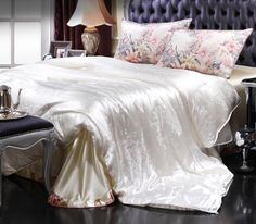 silk bedroom sets silk quilt bedding     https://www.snowbedding.com/