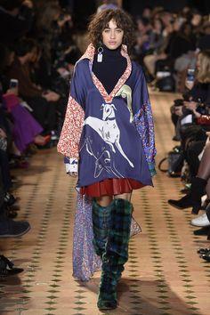 654411fa0398 Esteban Cortazar Fall 2017 Ready-to-Wear Collection Photos - Vogue Fall Fashion  Week