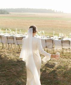 Field Wedding, Our Wedding, Dream Wedding, Wedding Night, Elopement Dress, Advice For Bride, Elopement Inspiration, Bridal Style, Wedding Bells