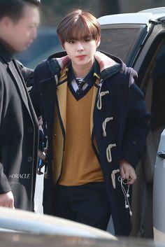 Wanna-One - Park Jihoon - Congratulations for graduating high school! School Boy, School Uniform, High School, Produce 101 Season 2, 2 Boys, Kim Jaehwan, Ha Sungwoon, How To Look Better, Bomber Jacket