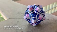 Use 30 rectangle and 60 square sheets of origami paper. Difficulty : ⭐⭐⭐ Time: hours Universe is all connected. Origami Modular, Diy Origami, Origami Paper, Origami Ideas, Origami Diagrams, Diy And Crafts, Paper Crafts, Oragami, Paper Stars