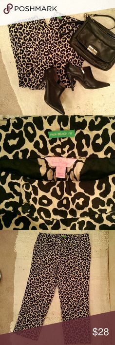 "Lilly Pulitzer cheetah ankle pants cheetah print in tan and black; Palm Beach fit - sits a little lower on the waist; ankle length; 100% cotton; size 10; Lilly Pulitzer brand; inseam 25"" - could be rolled up for capris; faux pockets in front and back; excellent condition    (T-25) Lilly Pulitzer Pants Ankle & Cropped"
