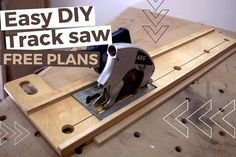 Turn your circular saw in a track saw thanks to this easy to build track saw guide. Thanks to the free plans you can now make a DIY track saw and save hundreds! Circular Saw Track, Circular Saw Jig, Woodworking Projects Diy, Woodworking Jigs, Diy Projects, Woodworking Techniques, Homemade Drum, Homemade Tools, Wood Jig