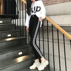 Side stripes tight stretch fitness pants в 2019 г. Korean Girl Fashion, Korean Fashion Trends, Korean Street Fashion, Ulzzang Fashion, Korea Fashion, Tumblr Outfits, Mode Outfits, Dance Outfits, Korean Outfit Street Styles