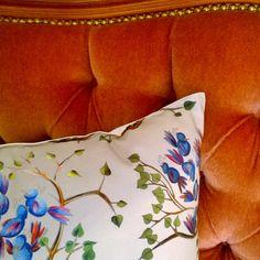 Paratiisilinnut, puuvillasatiini, koristetyyny 50cm x50cm