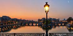 Le Palais, Grand Palais, Nocturne, Lyon, Monuments, Ile Saint Louis, Places To Travel, Eye Candy, Paradise